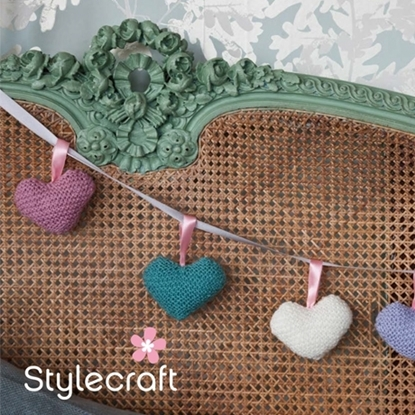 Picture of Stylecraft Free Knitting Pattern: Hearts. Download from https://www.stylecraft-yarns.co.uk/Free+Patterns/0_CAFA116.htm